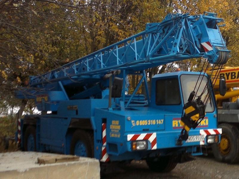 Liebherr LTM 1025